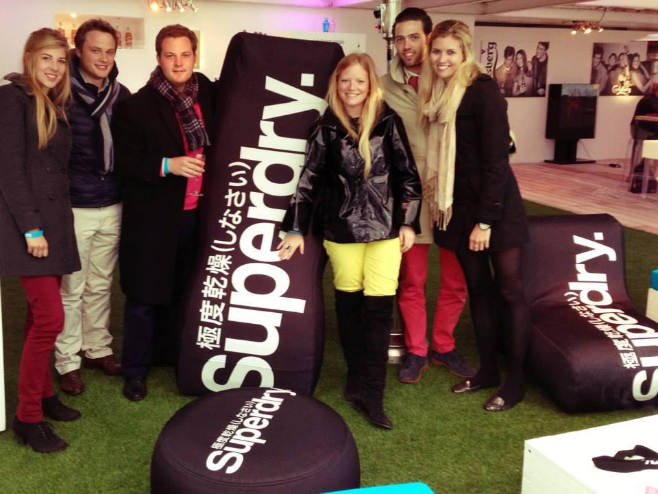 Superdry mobilier événementiel gonflable personnalisable impression